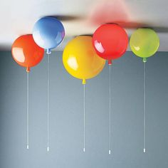 Memory Balloon Ceiling Light A unique balloon light, suitable for ceiling use.Available in eight glossy glass colours: red, green, orange, blue, turquoise, grey, yellow and opal. Available three sizes: small, medium and large.
