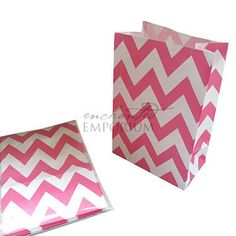 Fiesta Pink Chevron Standing Treat Bags - Pack of 12 / Lolly Buffet Supplies