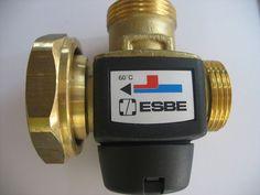 "Ladeventil ESBE VTC317 55° C - Rücklaufanhebung 1""AG mit Pumpenflansch"