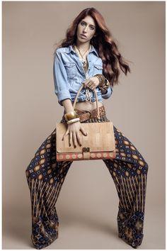 NAJHA Mogán  Saiba mais em www.najha.com My Bags, Striped Pants, Fashion, Fringes, Woman, Templates, Manualidades, Moda, Stripped Pants