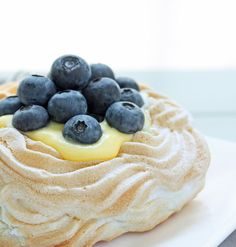 Sugar Free Berry & Lemon Curd Pavlovas | I Breathe I'm Hungry