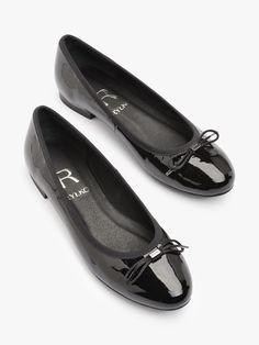0GMY8_Q_ _EN4   Ryłko Chanel Ballet Flats, Loafers, Adidas, Model, Shoes, Fashion, Travel Shoes, Moda, Zapatos