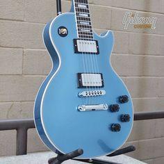 Gibson Les Paul Custom in Pelham Blue. Gibson Guitars, Fender Guitars, Gibson Les Paul, Cool Guitar, Blue Guitar, Gibson Custom Shop, Les Paul Guitars, Les Paul Custom, Guitar Collection