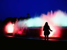 Magic fountain of Montjuic by cali4beach. CC BY 2.0.