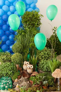 I love Owls, so this is toooooo cute! Safari Party Decorations, Safari Theme Party, Party Themes, Jungle Safari, Jungle Theme, African Jungle, Festa Party, Party Planning, Flora