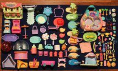Littlest Pet Shop 112 Piece Lot of Assorted Accessories Only Food Toys Pcs LPS… Little Pet Shop, Little Pets, Lps For Sale, Lps Accessories, Lps Cats, Baby Sea Turtles, Lps Littlest Pet Shop, Cool Toys, Birthday Wishes
