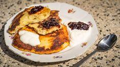 Syrniky: Smažené tvarohové placky - Proženy French Toast, Treats, Breakfast, Sweet, Food, Sweet Like Candy, Breakfast Cafe, Essen, Yemek