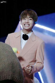 Such an adorable man yiieee~ <3 Kim Taehyung