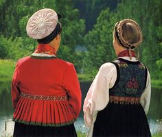 FolkCostume&Embroidery: Overview of Norwegian Costumes, part The eastern heartland Norwegian Clothing, Lappland, Heartland, Face And Body, Norway, Scandinavian, Costumes, Embroidery, How To Wear