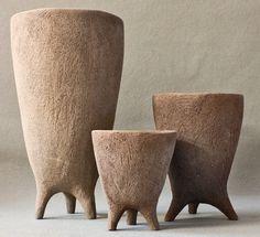 tres trípodes sin esmaltar. 2014