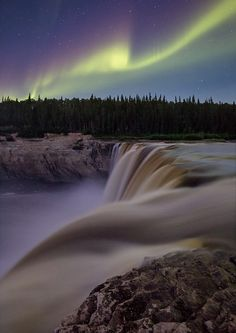 Galleria: http://lp-mag.com/GALL  See YOUR picture published, reach our large community.  FOLLOW US and enjoy the best shared landscape pictures.  Alexandra Falls, Hay River, Canada by Adam Hill from Canada • Canon 1Dx, Canon 16-35mm f/2.8L II, f/3.5, 13sec, ISO 3200 • https://www.adamhillstudios.ca  #landscapephotography #landscapephotographymagazine #photography #LPM