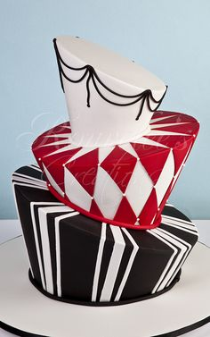 Black, Red, White Cake http://www.rouvelee.com