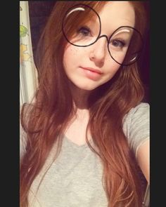 Feel like I get more and more pale each day  . . . . . . . . #smile #lips #plumplips #ginger #redhead #redhair #gingerhair #longhair #makeup #freckles #pale #paleaf #glasses #snapchat #snapchatfilter #nosepiercing #happy #positive #curvy #curvygirl #blueeyes #makeup #eyeliner #eyelashes #instagram #instalike #instagood #instabeauty #photooftheday #instadaily