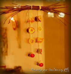 Jednoduchá vánoční dekorace - Easy christmas decoration Wind Chimes, Outdoor Decor, Christmas, Home Decor, Decorations, Xmas, Decoration Home, Room Decor, Navidad