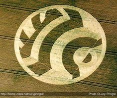 Lucy Pringle Crop Circle picture  uk2003bm