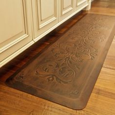 Tuscan style mat for the kitchen! Prepare meals in comfort atop the Frontgate Comfort Mat that boasts a thick elastomeric and resilient core that helps prevent joint strain. Kitchen Comfort Mat, Kitchen Mats, Kitchen Sink, Floors Kitchen, Kitchen Carpet, Carpet Diy, Stair Carpet, Hall Carpet, Carpet Tiles