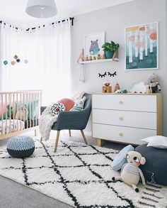 Kamer Mona Green Kid's Rooms - Petit & Small Here are 33 adorable nursery ideas for you! Super cute baby boy nursery room ideas - I LOVE a rustic nursery - for boys OR for girls! Baby Bedroom, Baby Room Decor, Kids Bedroom, Bedroom Ideas, Bedroom Decor, Curtains For Nursery, Bedroom Wall, Master Bedroom, Lego Bedroom