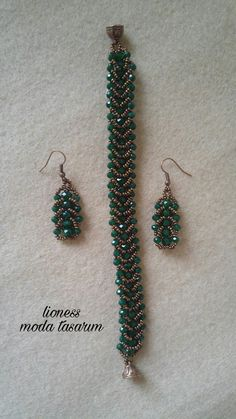 Simple jewelry repairs you can do by yourself Diy Jewelry Necklace, Seed Bead Bracelets, Bead Jewellery, Seed Bead Jewelry, Beaded Earrings, Jewelry Crafts, Necklace Ideas, Beaded Necklaces, Beaded Jewelry Designs