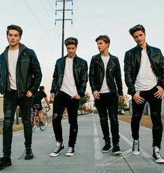 My Perfect Husband Martinez Twins Emilio, Emilio And Ivan Martinez, Martenez Twins, Cute Twins, Beautiful Boys, Pretty Boys, Martinez Brothers, Froy Gutierrez, Boy Squad