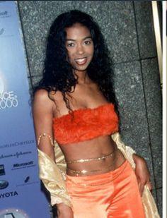 Ananda Lewis 2000s Fashion Trends, Early 2000s Fashion, Fashion 2020, Black 90s Fashion, Hip Hop Fashion, Ananda Lewis, Estilo Hip Hop, Black Girl Aesthetic, Retro Aesthetic