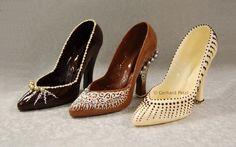 Chocolate Shoes http://files.myopera.com/Hermitess/blog/chocolate_sculptures-shoe-2.jpg