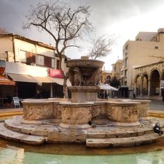 Lions square at Herakleion Crete (Creta) ! Crete Island Greece, Creta, Travel Around, Lions, The Good Place, Mansions, House Styles, Places, Islands