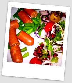Kodin Kuvalehti – Blogit | Puikkopotut ja kuppisoosi Penne, Vegetarian Food, Hot Dogs, Carrots, Vegetables, Ethnic Recipes, Vegetarian Cooking, Carrot, Vegetable Recipes