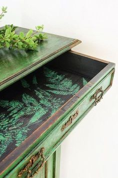 what about queen anne's lace or ferns at the bottom of a piece? DIY a Narnia-worthy closet this weekend. Project from Annie Sloan Green Painted Furniture, Funky Furniture, Refurbished Furniture, Paint Furniture, Repurposed Furniture, Unique Furniture, Furniture Makeover, Furniture Refinishing, Salon Furniture