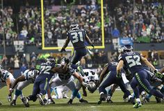 A bevy of big plays paved the way for the Seahawks' return to the NFC Championship game next Sunday as they jumped on the Carolina Panthers early during their divisional playoff game on Saturday night.
