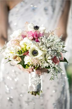 Classic, vintage, and elegant bouquet with pink and white flowers.  #weddingchicks