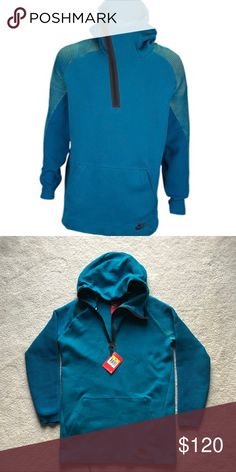 c6d7a7ec1884 Nike Tech Fleece Knit Dynamic Hoodie - Small Funnel hood covers the lower  face for additional