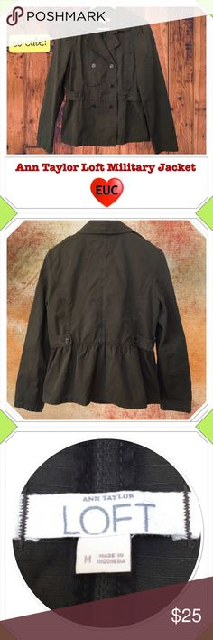 """Sale Ann Taylor Loft Military Style Jacket Utility Final Price. Ann Taylor Loft military style dark army green double breasted jacket with an adorable ruffle in the back. Shoulder tabs and loose elastic at the waist. Great fall jacket! Size medium, in excellent used condition. Love it, but too big for me. I'm in between a small & Medium. Not petite friendly -- sleeves run long. See measurements. 100% cotton. Approximate Measurements Lying Flat: Pit to Pit 20"""", Length 24"""", Shoulder seam to…"""