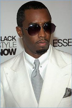 And why Sean Combs net worth is so massive? Sean Combs net worth is definitely at the very top level among other celebrities, yet why? Sean Diddy Combs, Sean Combs, Sharp Dressed Man, Well Dressed Men, Black Celebrities, Celebs, Puff Daddy, Actors Male, Suit Up