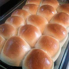 School Lunchroom Cafeteria Rolls Recipe | Allrecipes Hot Roll Recipe, Bun Recipe, My Recipes, Cooking Recipes, Favorite Recipes, Skinny Recipes, Recipies, Muffin Recipes, Copycat Recipes