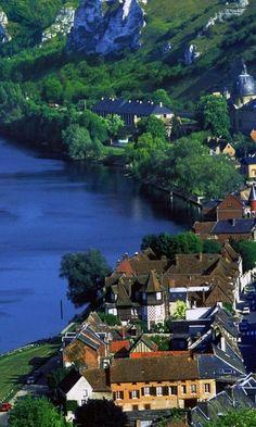 River-Seine-Les-Andelys-France