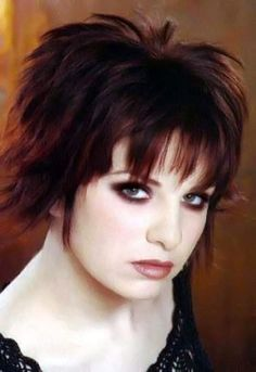 Short red hairstyles pictures. red haircuts section 13. Picture 122.