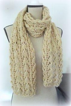Apprenez à tricoter une écharpe ENTRELACS   Idées tricot   Pinterest ... e50928b90d5