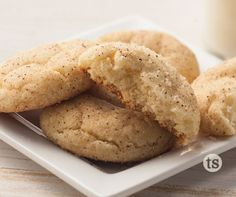 Snickerdoodle Cookies Recipe │ Soft and chewy cinnamon cookies.