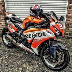 Honda cbr 1000RR FIREBLADE Repsol