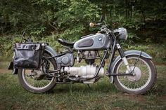 BMW R27 Bike Bmw, Bmw I, Bmw Motorcycles, Vintage Motorcycles, Motorcycle Images, Motorcycle Design, Motorcycle Helmets, J Birds, Bmw Motors