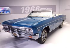 2012 NY Auto Show '66 Impala SS 'Vert  Pic by Joe Danon