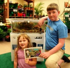 Cooper, Kyera, and The Sea Squirt Portable Touch Tank