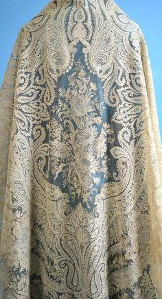 Antique (c. 1850) Exquisite Point de Gauze/Point de Angleterre Lace Large Cream Shawl with Provenance