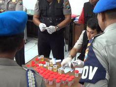 Perwira  Polrestabes Surabaya Jalani Tes Urine Narkoba