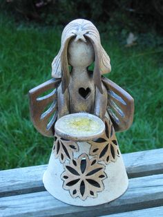 Ceramic Angels, Home Crafts, Garden Sculpture, Bird, Pottery Ideas, Sweet, Outdoor Decor, Dolls, Hand Crafts