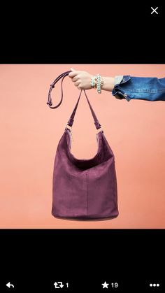 Love this bag and it's a great color for fall.