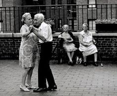 NOSTALGIA: Black and White Times...  This is the best kind of dancing, dancing with your love!
