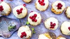 These pretty, berry-topped, coconut treats are a slight spin on tradition, featuring sesame seeds and ground almonds in the mix. Yummy Treats, Sweet Treats, Beautiful Buns, Sbs Food, Ground Almonds, Small Cake, Macaroons, Easy Cooking, Tray Bakes