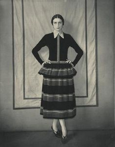 Edward Steichen, Model Dinarzade in a dress by Poiret, 1924. Courtesy Condé Nast Archive, New York © Condé Nast Publications