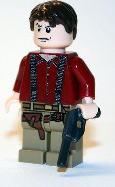 Malcom Reynolds by Chase Lewis [Vid] | Firefly Mal Custom LEGO Minifig